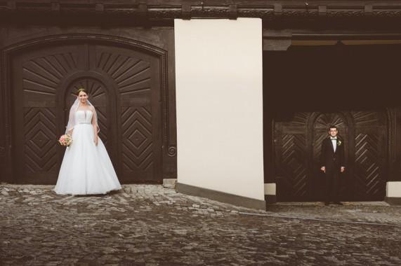 Sinaia, Romania Wedding Photography - Laura & Razvan